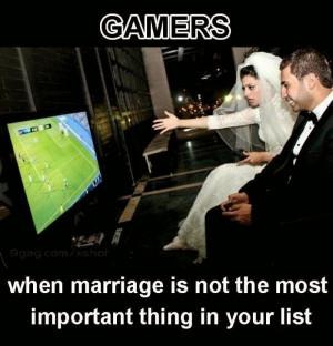 http://www.gamingtrolls.com/2014/05/gamer-couple.html