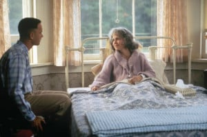 Still of Tom Hanks and Sally Field in Forrest Gump (1994)