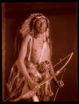 Crow Indian Tribe Weapons Plains indians bows
