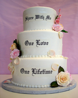 Flower wedding cake with inscription