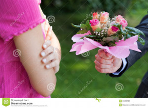 flowers begging for forgiveness his woman man with flowers begging for ...