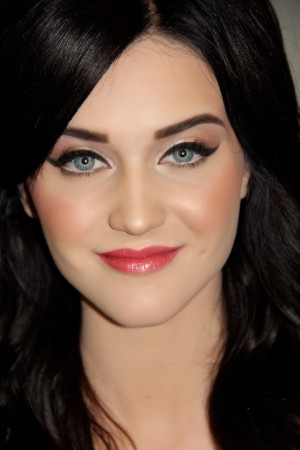 Snow White Fair Skin Makeup