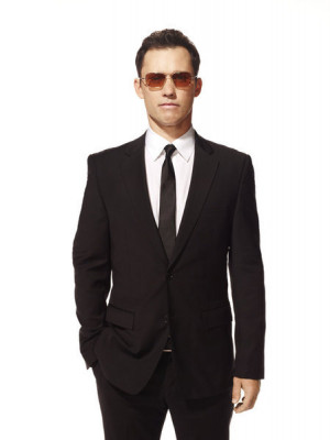 Check out cast photos of Jeffrey Donovan as Michael Westen from the ...
