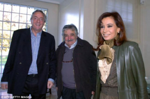 picture shows Mr Mujica meeting with Mrs Kirchner and Nestor Kirchner ...