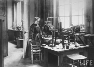 Marie Curie in her laboratory, Paris, France, 1911Marie Skłodowska ...