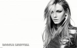 Angela Lindvall (Female Celebrities)