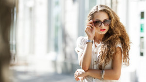 Beautiful Women Wearing Glasses Images, Pictures, Photos, HD ...