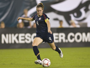 WNT Defeats Iceland For 2011 Algarve Cup Title