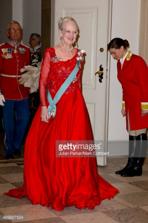 469827324-queen-margrethe-ii-of-denmark-attends-a-gala-gettyimages.jpg ...