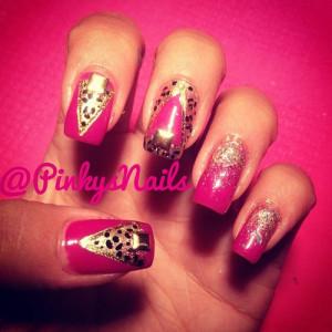 pinkysnails:Boss Bitch Barbie nails by Jen ! (Taken with Instagram)