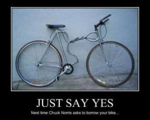 funny bike photos , funny bike crash , cinta roja mano derecha ,