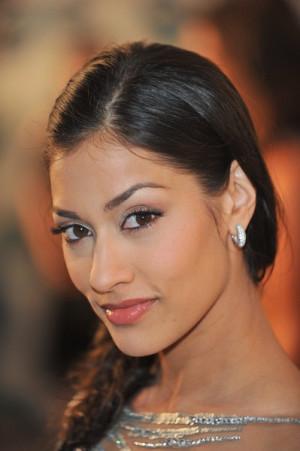 Janina Gavankar aka