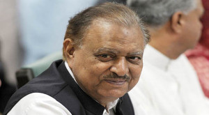 KARACHI: President Mamnoon Hussain says that the government wants to ...