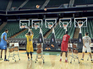 nba-players-play-jingle-bells-with-jump-shots-in-a-great-christmas ...