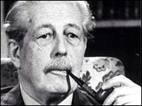 Former prime minister Harold Macmillan - who SCARILY looks almost ...