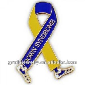 Mais novo da fita da consciência síndrome de Down Walk Pin
