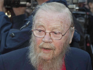 Farley Mowat arrives on the Red Carpet outside the Canon Theatre ...