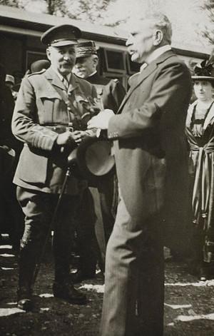 ... -le-Pont - suite - sir Robert Borden, le col Beauchamp, cmdt.jpg