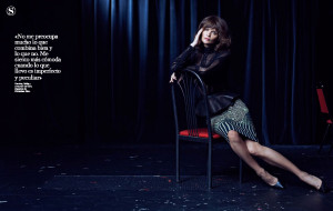 Thread: Helena Christensen S Moda December 2012