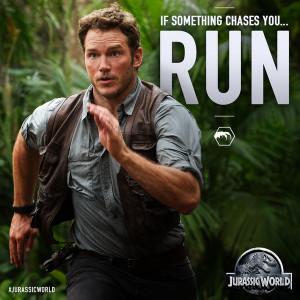 Jurassic World : 2 nouvelles photos promo avec Chris Pratt