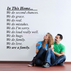 233B-we-are-family-wall-quotes-sticker.jpg