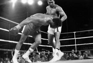 ... Ali remporte son troisième titre mondial contre George Foreman