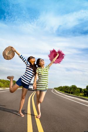 TWO-GIRLS-ON-ROAD-TRIP-facebook.jpg