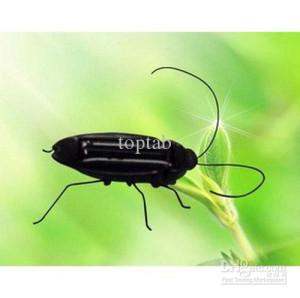 Wholesale Funny Solar Cockroach Grasshopper Locust