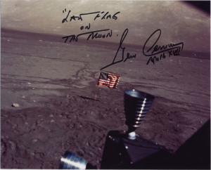 ... lunaire dans la région de Taurus Littrow, signé par Dr Eugene Cernan