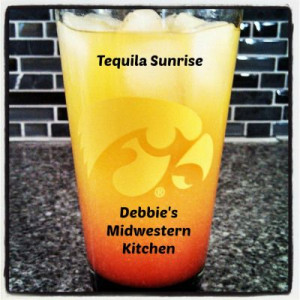 Tequila Sunrise - perfect morning cocktail for vacation or a fun ...