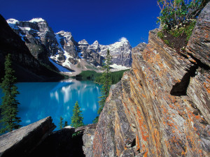 Moraine Lake and Valley of the Ten Peaks, Banff National Park, Canada