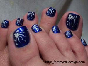 Very soon I will sharing some trendy and simple toe nail art.