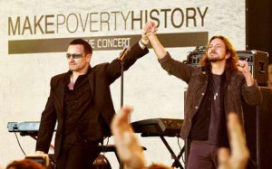 Making their voices heard … Bono from U2 and Eddie Vedder fromPearl ...