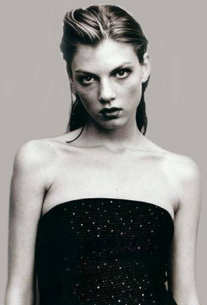 Angela Lindvall Pictures, Hot Pics, Picture Gallery, Angela Lindvall ...
