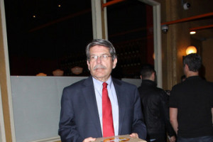 Zev Yaroslavsky LA County Supervisor Zev Yaroslavsky leaves Pizzeria