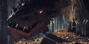 ... -for-the-hobbit-the-desolation-of-smaug-finally-shows-the-dragon.jpg