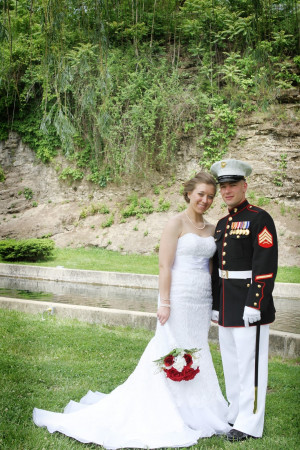 redwhiteandmarinewife....the military and the many
