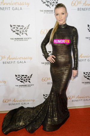 Joanna Krupa Bares Nipples During Wardrobe Malfunction