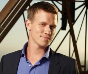 Warren Kole to Handle Neal on White Collar Season 5