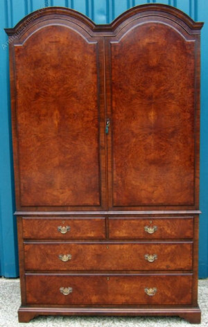 Antique Edwardian Walnut Linen Press Wardrobe