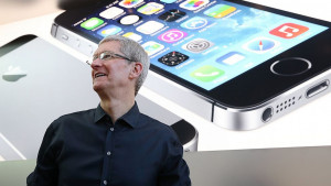 ... Something to Say About Your iPhone? You Can Tell Tim Cook On Twitter