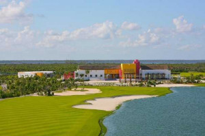 view of the clubhouse at Playa Mujeres Golf Club