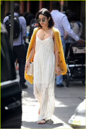 vanessa hudgens yellow sweather backstage quote 01