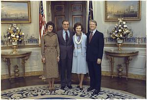 Joan Mondale, Vice-President Walter Mondale, Rosalynn Carter ...
