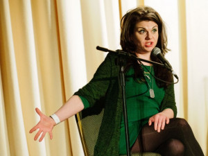 Caitlin Moran Quotes That Will Make You Cheer For Womankind
