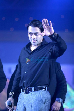 Salman Khan Picture Gallery (Page 21)