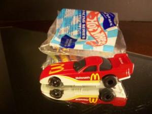 160912963_rare-mcdonalds-happy-meal-1992-mcdonalds-funny-car-1-64-.jpg