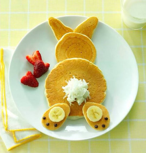 Wow this Bunny Head Fruit Platter is totally amazing! What a creative ...