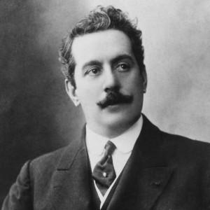 Il compositore Giacomo Puccini.