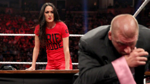 Brie Bella vs. Stephanie McMahon SummerSlam Match contract signing ...